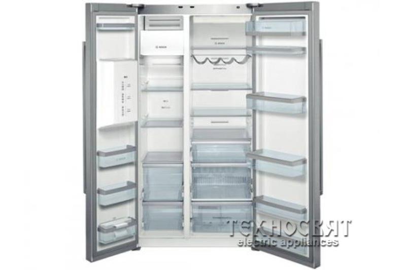 Хладилник с фризер Bosch KAD62A71