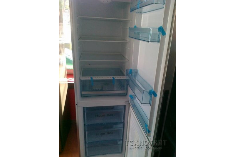 Хладилник с фризер   HAIER CSM837AF