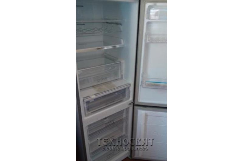 Хладилник с фризер SAMSUNG RB29FEJNBSA