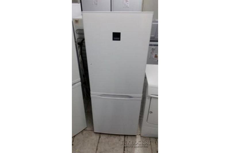 Хладилник фризер Zanussi ZRB23100WA