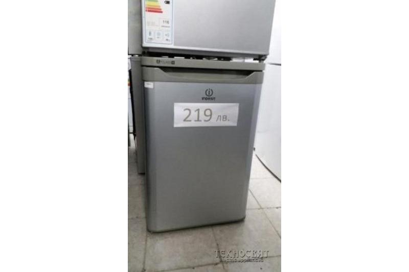 Хладилник Indesit TLAA10SI