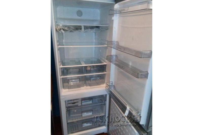 Хладилник с фризер Blomberg KWD9861