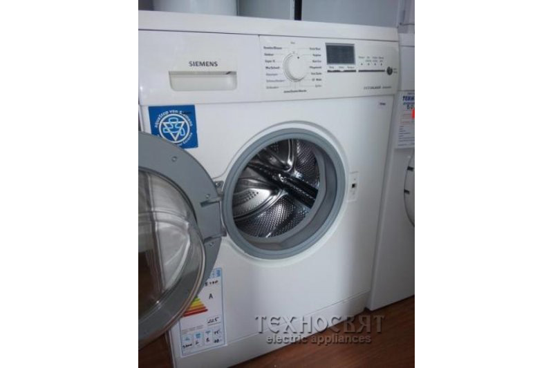 Автоматична пералня SIEMENS   WM14E490