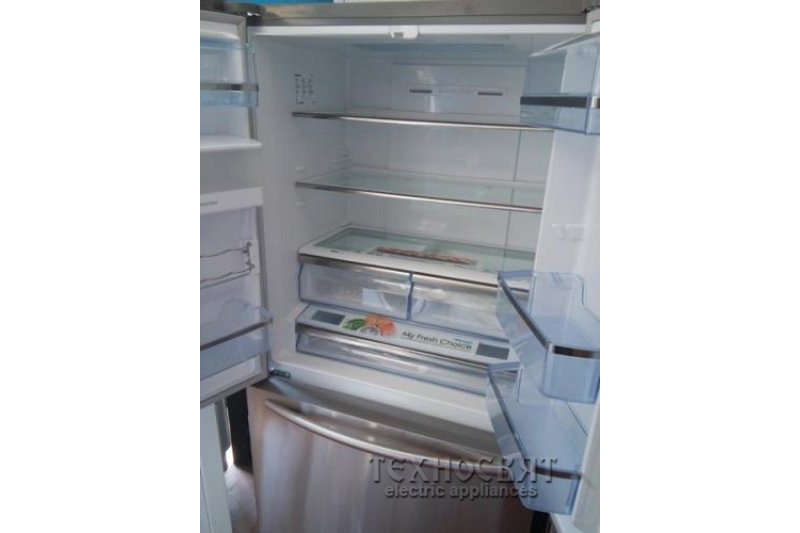 Хладилник с фризер HISENSE RF967N4ZS1