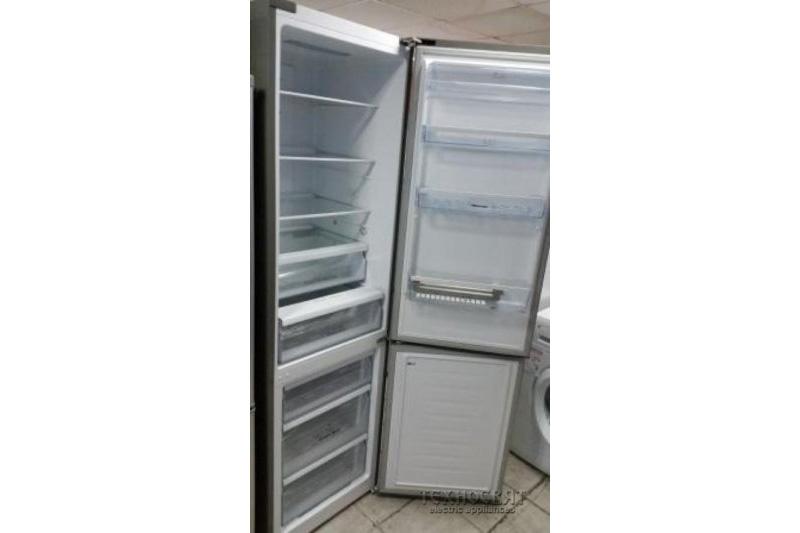 Хладилник фризер Hisense RB468N4BC1