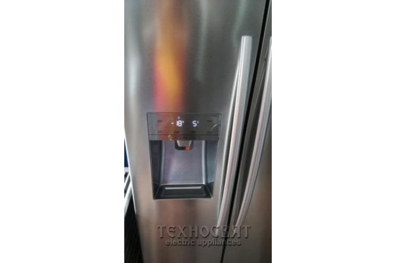 Хладилник с фризер HISENSE RS695N4IS